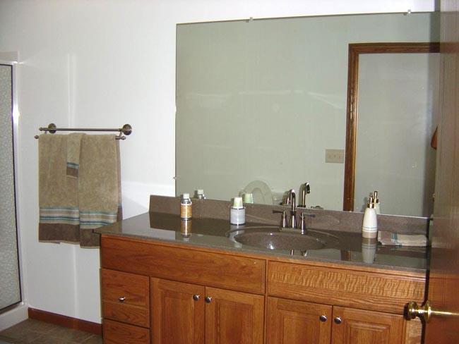 Caledonia Haulers Bunk House Bathroom